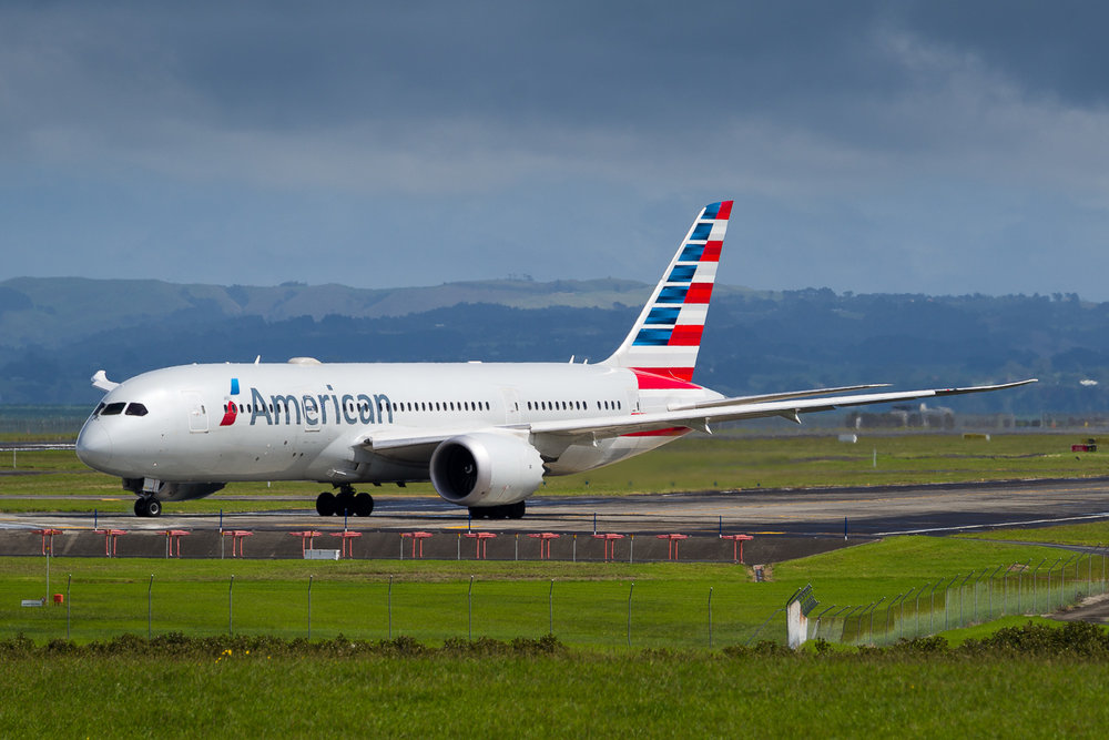 American Airlines Boeing 787-9 N804AN ready for departure from 23L at Auckland. March 2017
