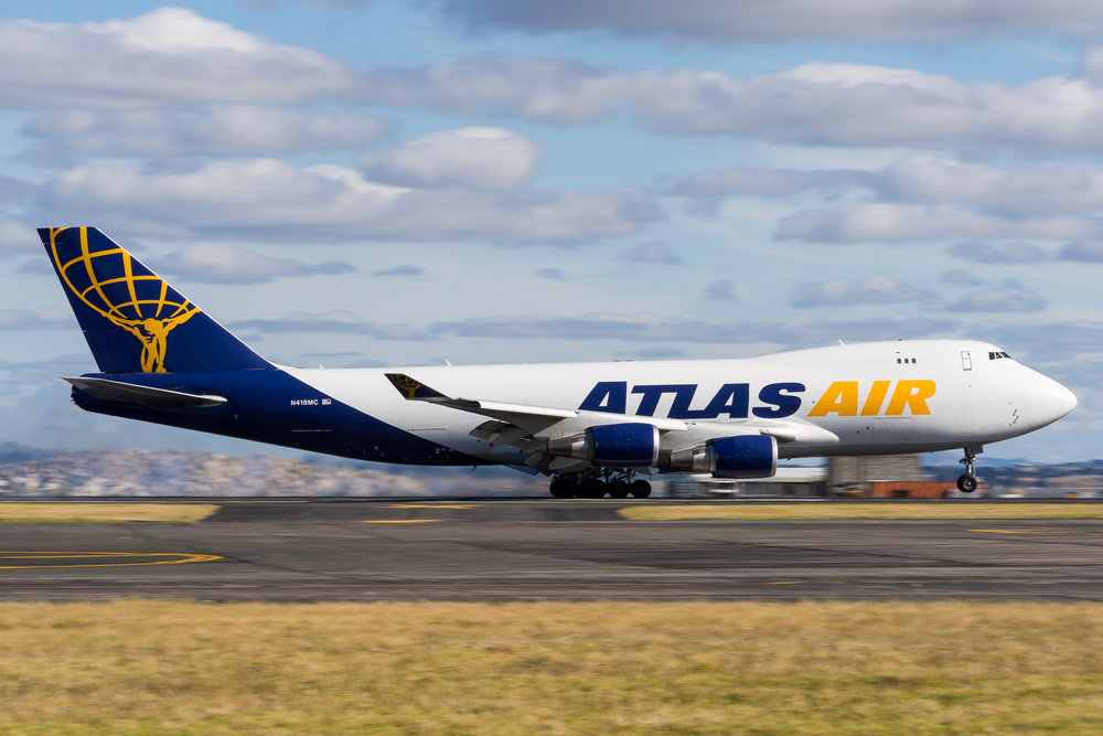 Atlas Boeing 747-400F N418MC arriving in Auckland as QF7552 from Honolulu. January 2017.
