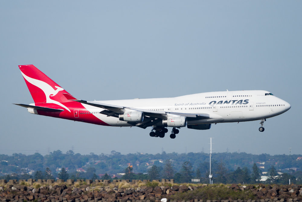 Qantas Boeing 747-400 VH-OJS arriving in Sydney. December 2016