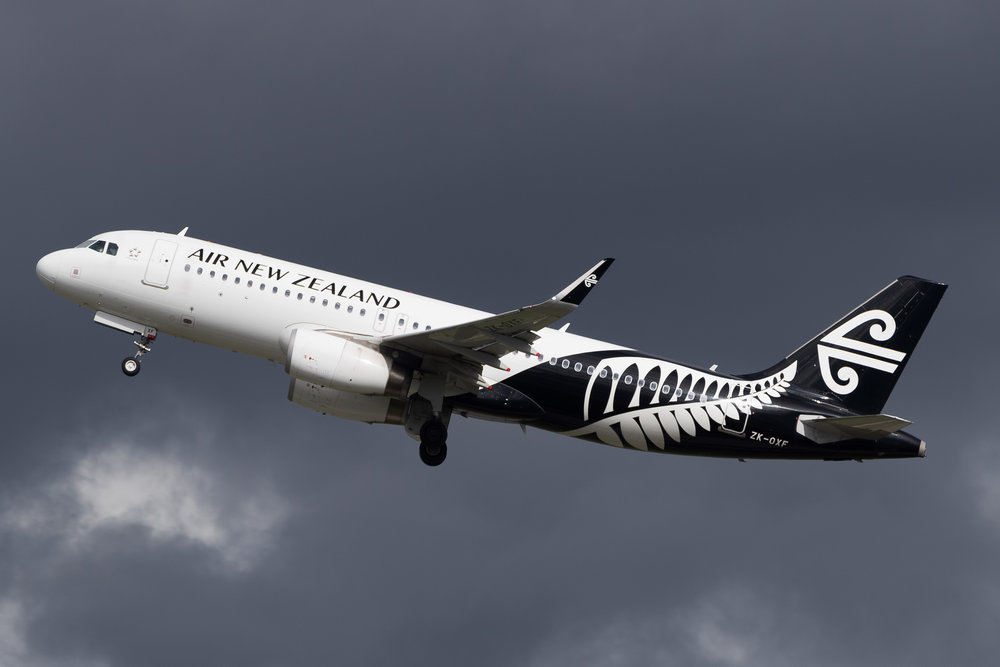 Air New Zealand Airbus A320 ZK-OXF departing Auckland. March 2017