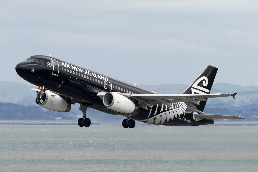 Air New Zealand Airbus A320 ZK-OAB departing Auckland. March 2017