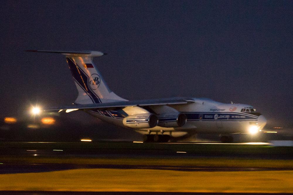 Volga-Dnepr Ilyushin IL-76D RA-76511 departing Auckland. April 2017.