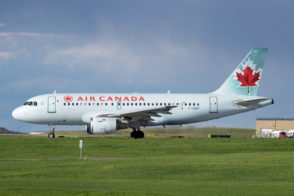 Air Canada Airbus A319 C-GBIP in Calgary. May 2017