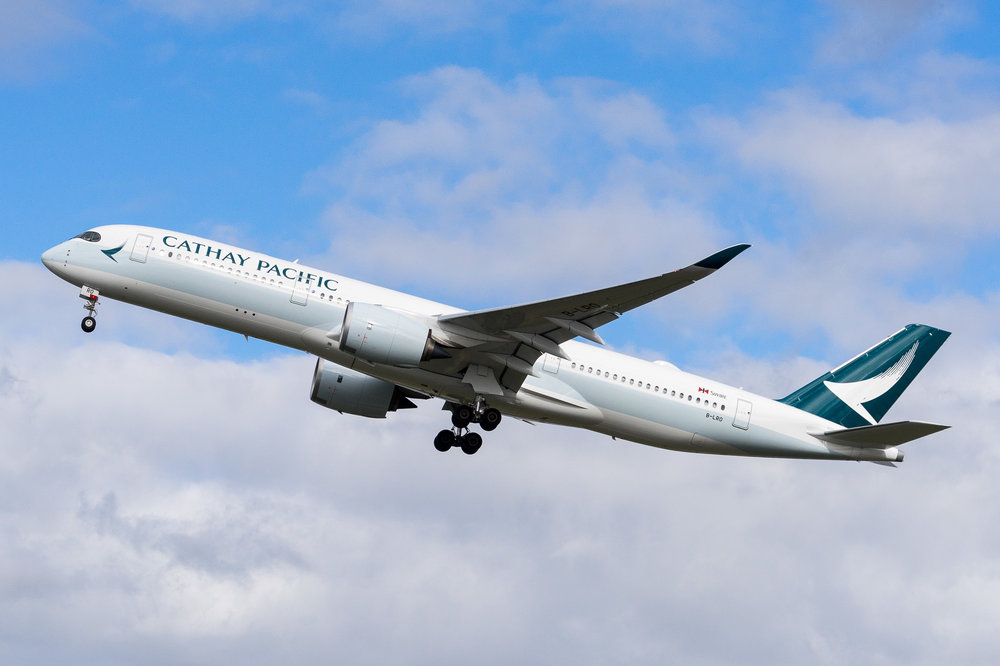 Cathay Pacific Airbus A350-900 B-LRO departing Auckland. August 2017