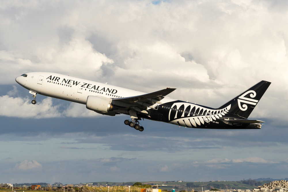 Air New Zealand Boeing 777-200ER ZK-OKC departing Auckland. August 2017