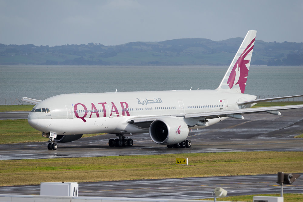 Qatar Airways Boeing 777-200LR A7-BBG departing Auckland. 19 August 2017