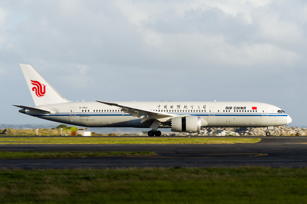 Air China Boeing 787-9 B-1466 arriving in Auckland. 16 September 2017