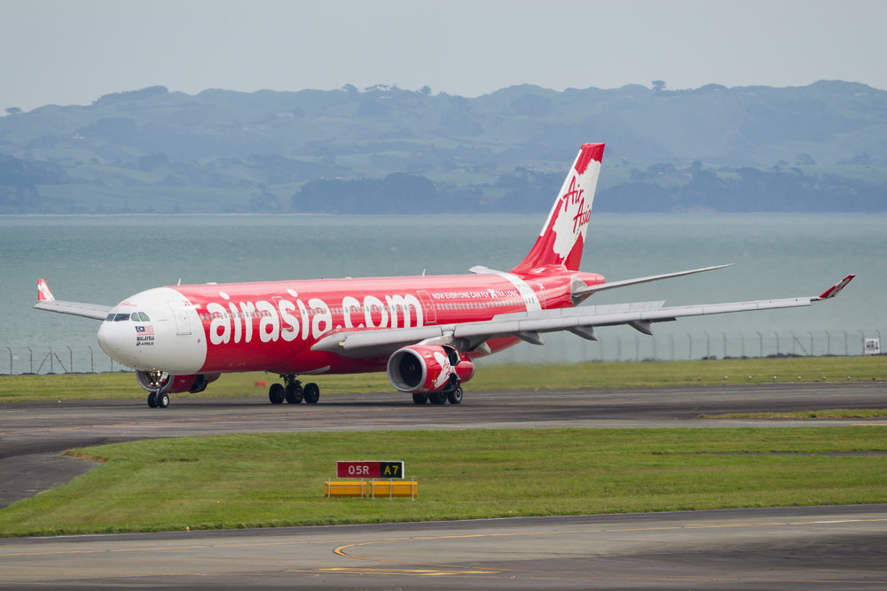 AirAsia X Airbus A330-300 9M-XXZ arriving in Auckland. 29/10/2017