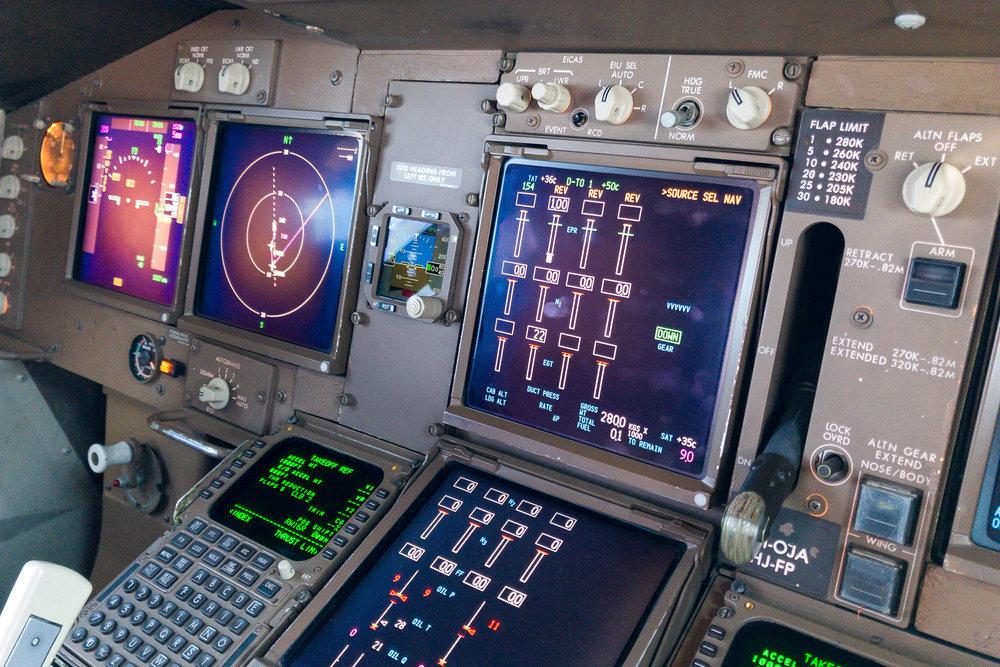 Qantas Boeing 747-400 VH-OJA