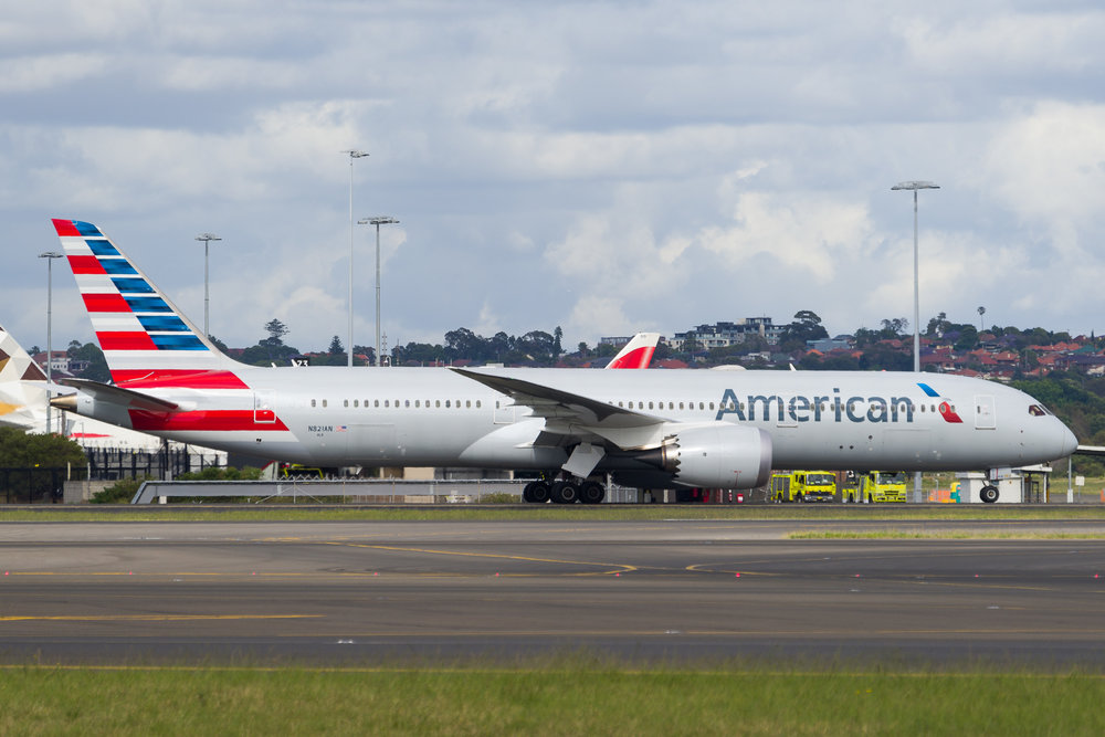 American Airlines Boeing 787-9 N821AN arriving in Sydney. 12/11/2017