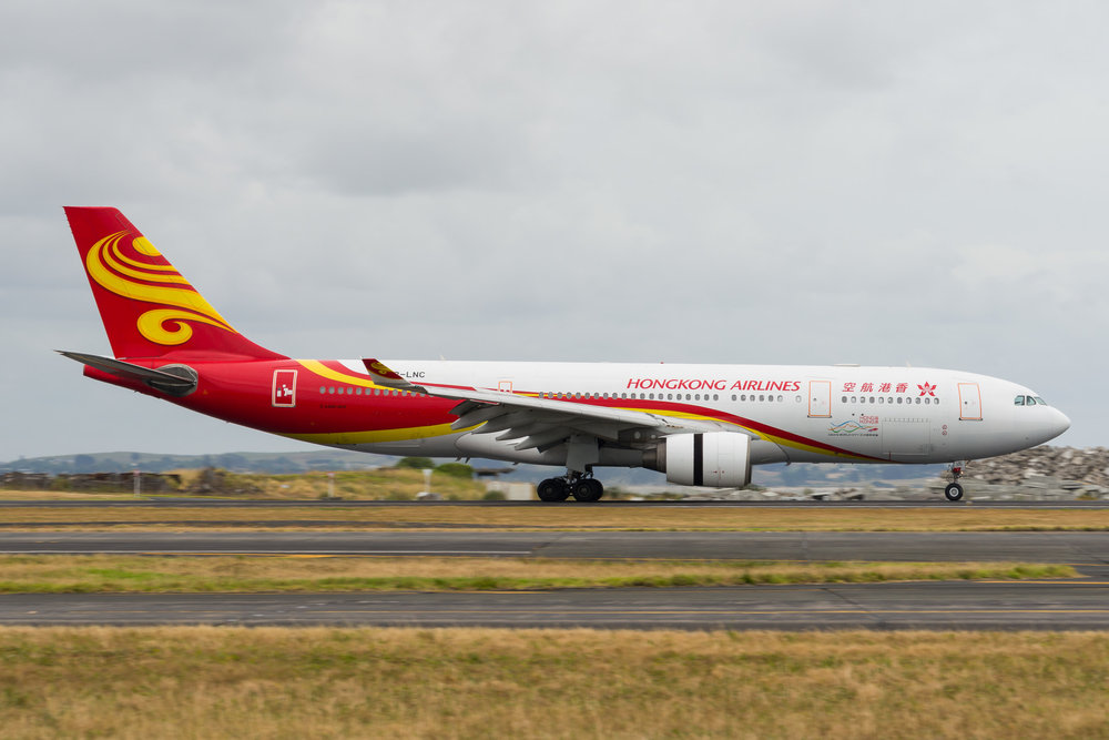 Hong Kong Airlines Airbus A330-200 B-LNC arriving in Auckland. 26/12/2017