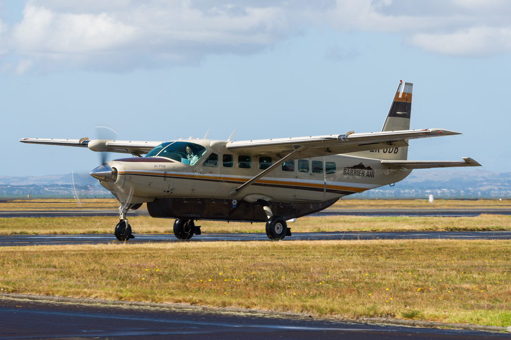 Barrier Air Cessna Caravan ZK-SDB departing Auckland. 27/12/2017