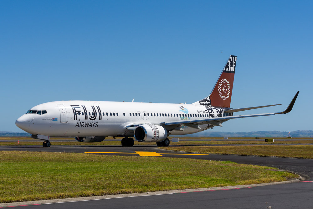 Fiji Airways Boeing 737-800 DQ-FJN departing Auckland. 27/12/2017