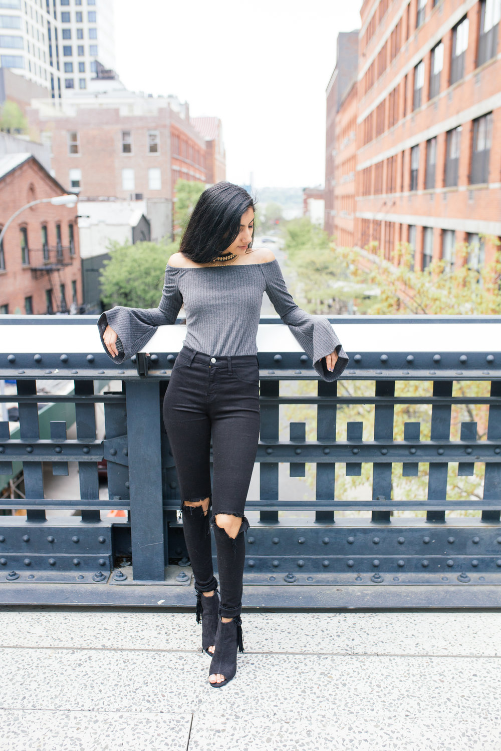 grey.tobi.offtheshoulder.bodysuit.springstyle.fashionblogger.highline.nyc.jpg