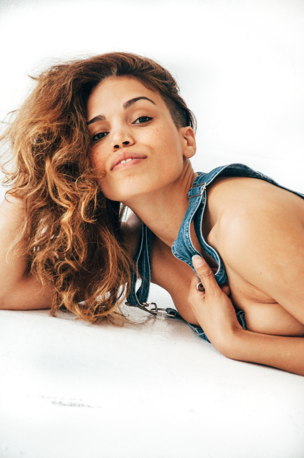 ciararenee.actress.performer.genderstereotypes.model.nyc.portraits.lifestyle-64.jpg