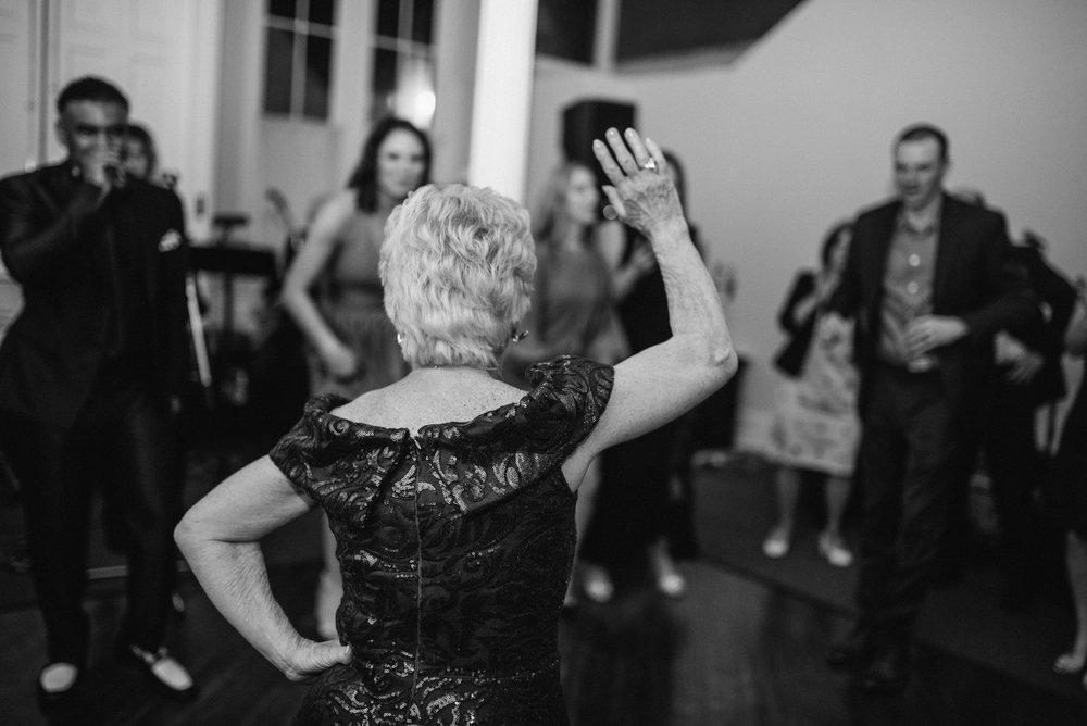 agpcollective_barlettowedding_excelsiorlancaster_dancing-9900.jpg