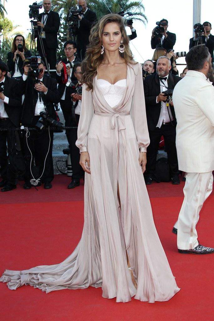 Izabel Goulart_Cannes2016.jpg