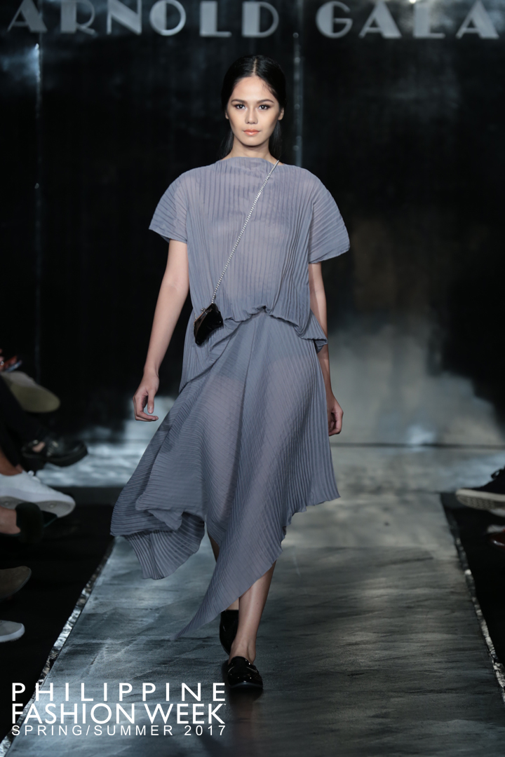 SS2017-Arnold-Galang-Modern Fashion.jpg