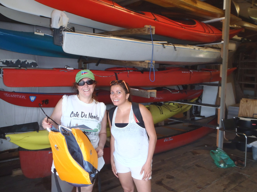 Damaris gets PFD pointers from ICC member Maureen Ward