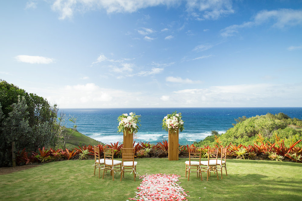 Modern Boho Elopement with an Ocean View on Kauai, Hawaii