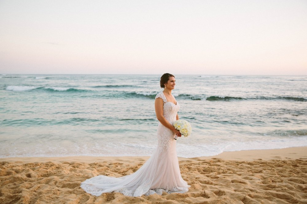 This Beautiful Bride is Ready for Her Hawaii Elopement