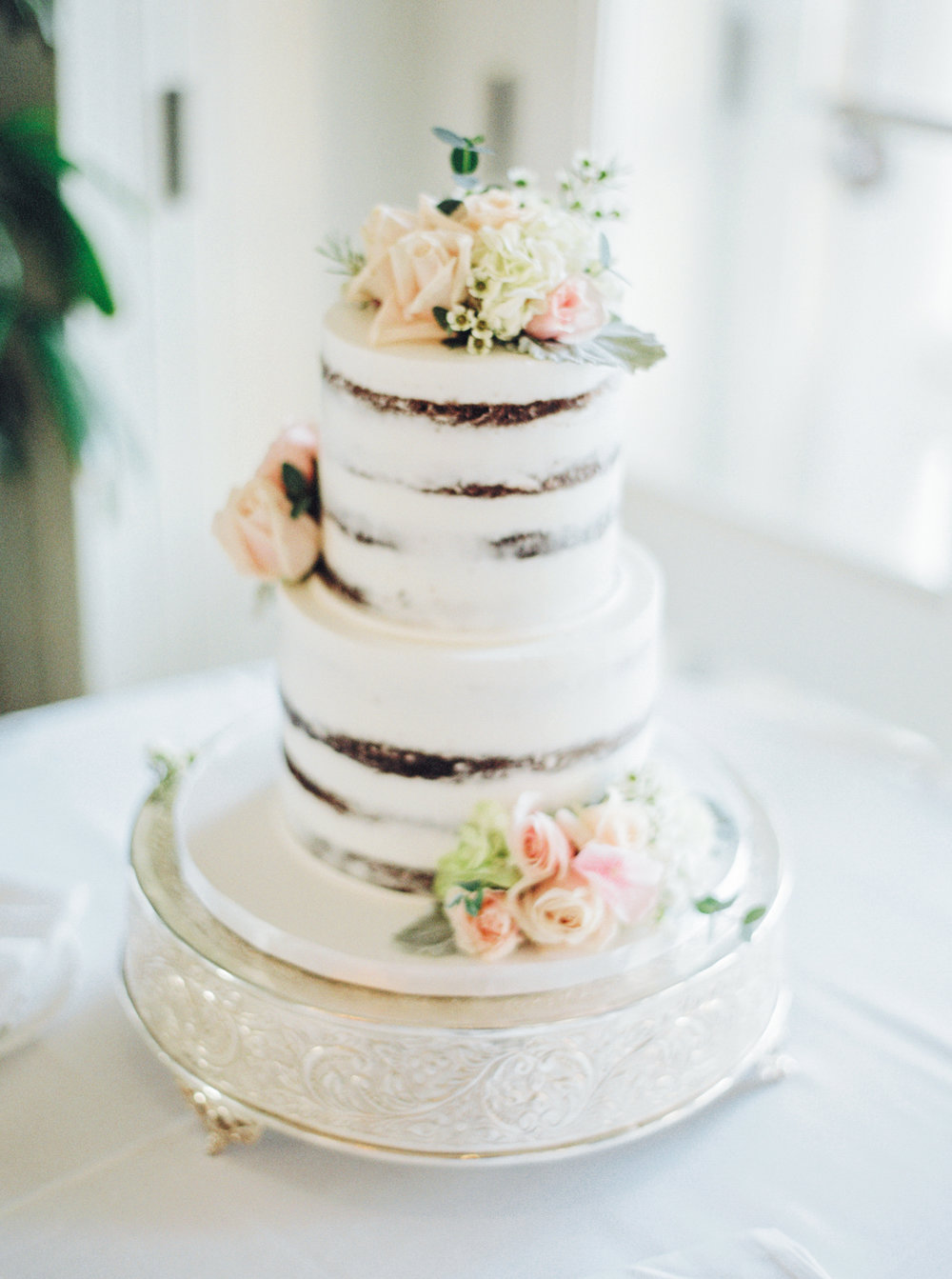 Beautifully Designed Wedding Cake