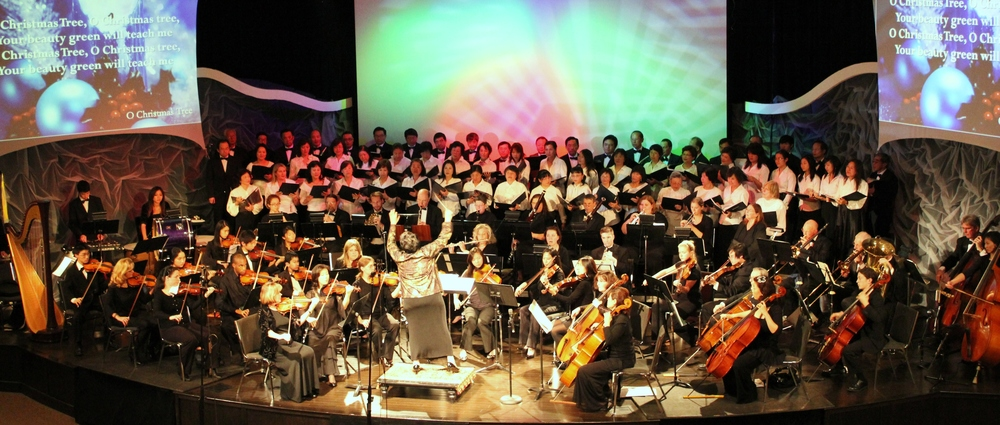 Audience Sing-along wih Chorus & Orchestra - Copy.JPG