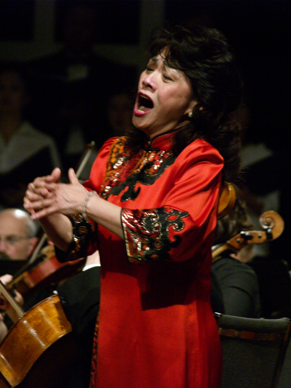 Wennie Niu, SopranoSoloist