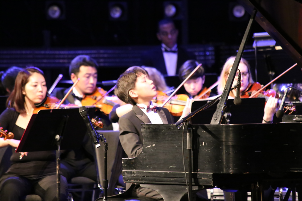 Max Wang immersed in Beethoven Piano Concerto No. 1