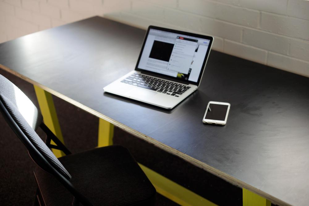 150611-Hot-Desk-242_007.jpg