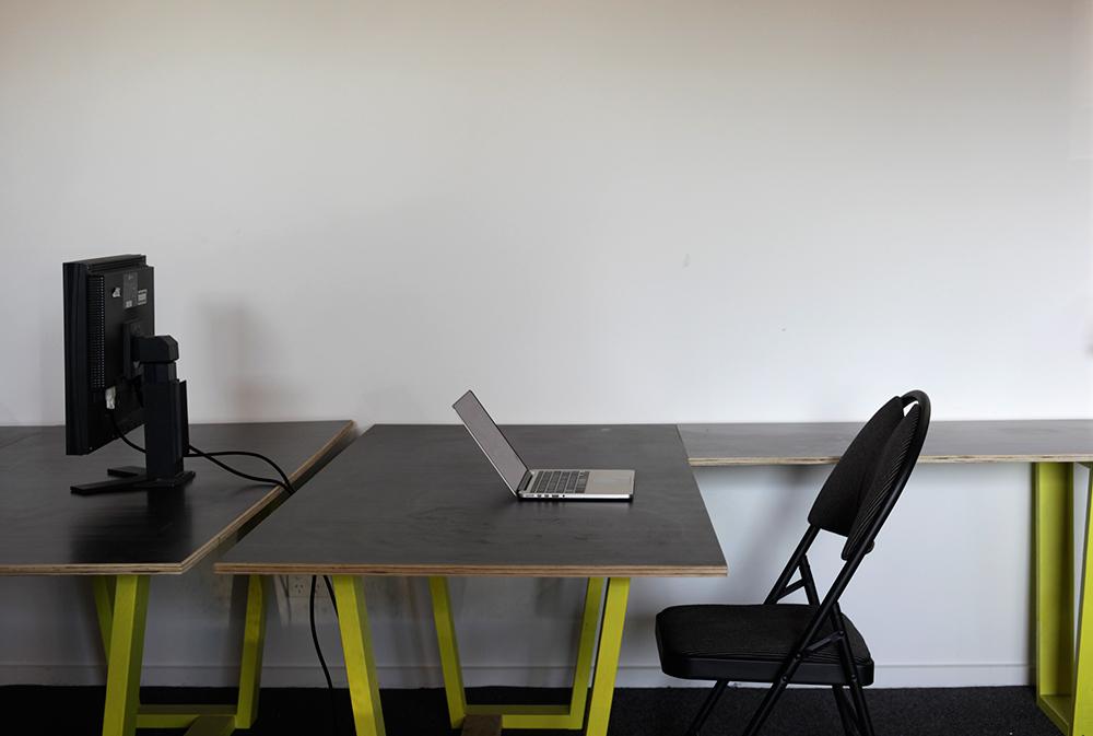 150611-Hot-Desk-242_028.jpg