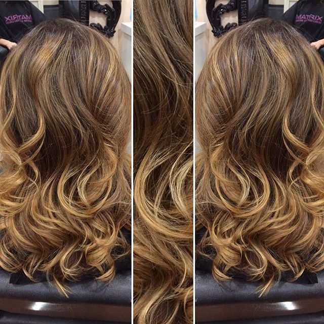 I like to call this Pumpkin Spice Latte hair ☕️💆🏽💇🏼 #phoenixhairstylist #phoenixhair #phoenixstylists #phoenixsalon #schwarzkopf #olaplex #redkenshadeseq #kevinmurphy #prettyhair #bronde #balayage #hairart