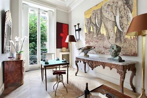 Collective interior.... #interiors #style #designer #interiordesign #art #decor #frenchantiques #picoftheday #instalove #instadesign #instagood #shopwithmoxie #dennisbrackeendesigngroup #curiated #taxidermy