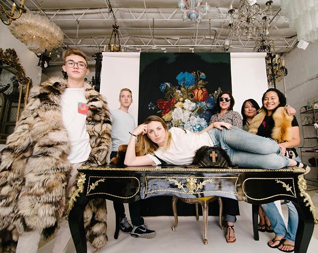 Furlicious photo opt at Moxie....with the village! @moxiehouston @charlibo @lfchan1963 @photomansteve #livewithmoxie #shopwithmoxie #antique #fur #vereldebelval #fabric #interiors #interiordesigner #interiordesign #shophouston #decor #homedecor #instapic #instalove #instadesign #kravet @leonkeer