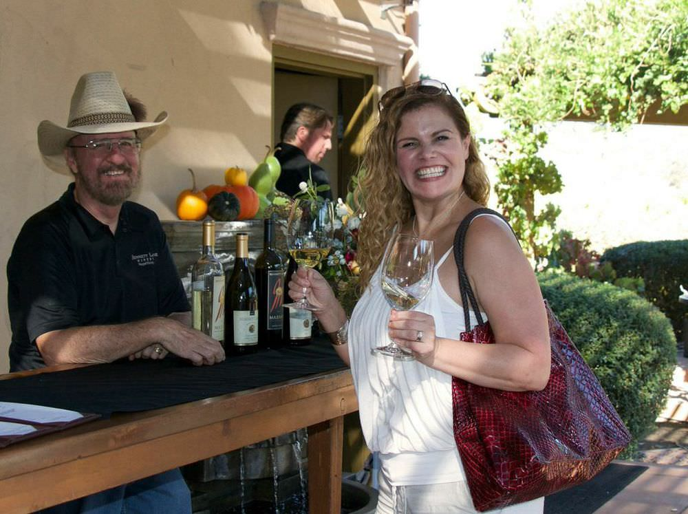 Napa Valley Winery Club Member Events129Bennett Lane Winery.jpg