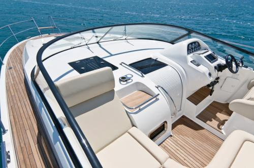Bavaria 44 Sport HT Highline9.jpg