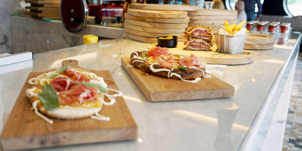 Flatbreads and sandwiches for lunch at Blue on the  Crystal Mozart .