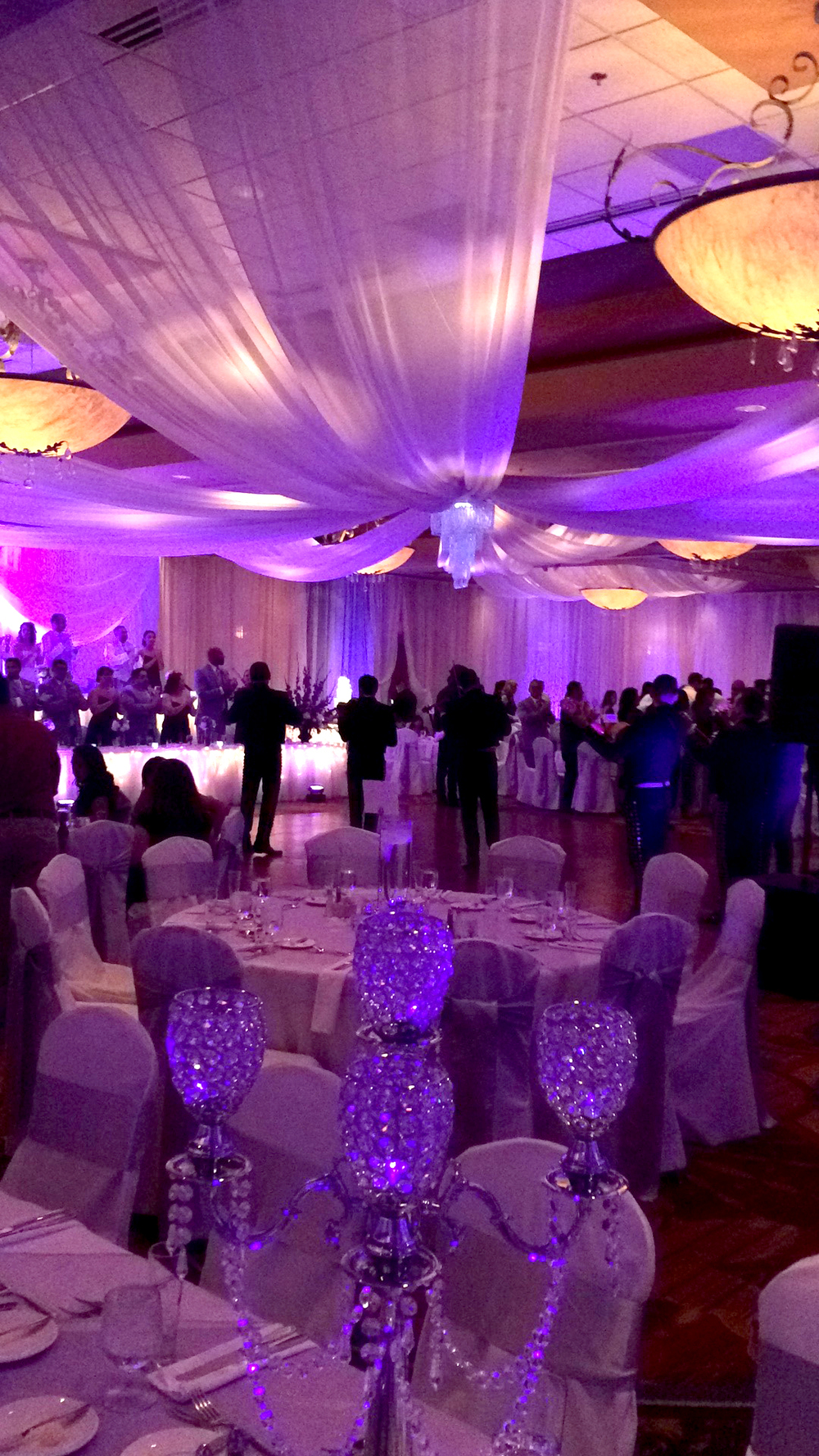 Flores Wedding 2.jpg