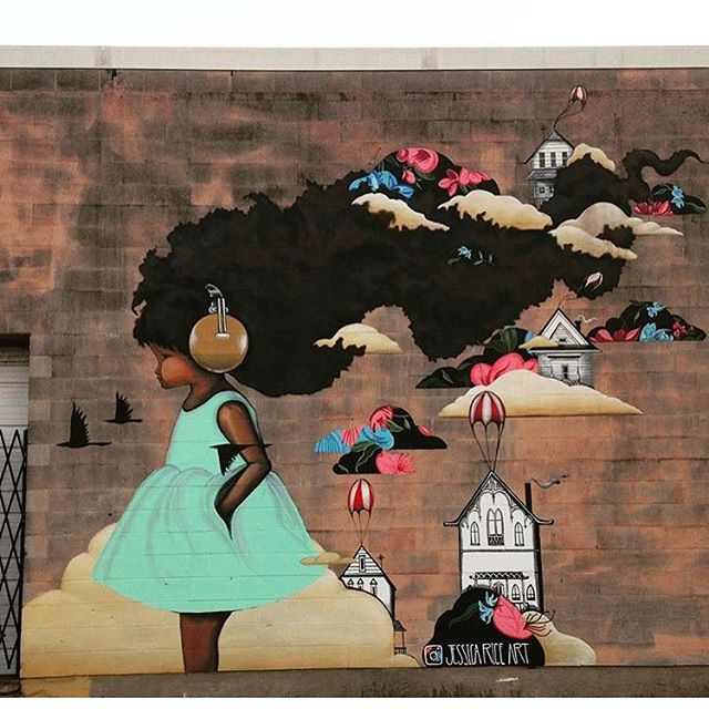 When you ask yourself why even bother in a such saturated industry where there are no new ideas. Then this shows up in your dm. Mural by @jessicariceart. I guess I'm headed to Houston, I need to see this in person #mingoandgrace #mingoandgracepatterns #blakedress