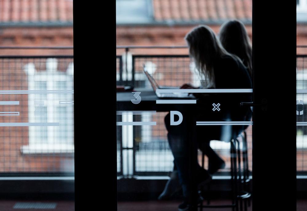 HLA_Frederiksbjerg_Skole_Wayfinding_019.jpg