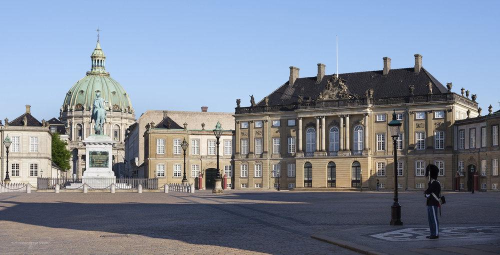 Amalienborg_facader_005.jpg