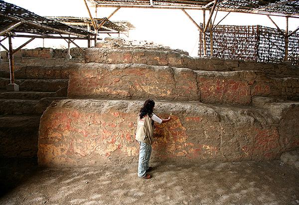 Au secours des fresques péruviennes