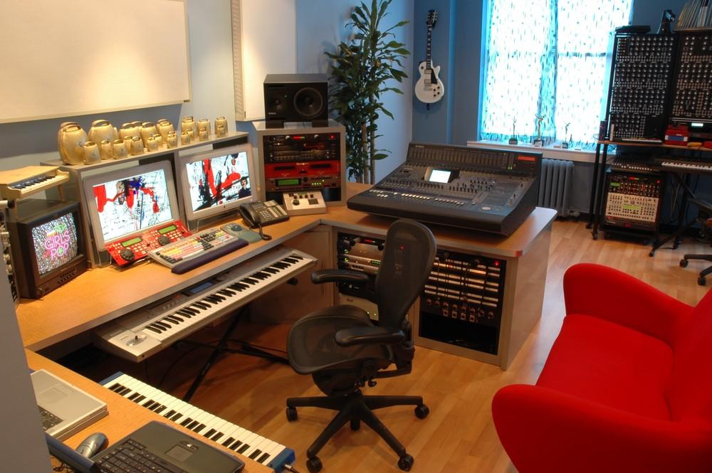 EENYC_Studio A 06.29.04.jpg