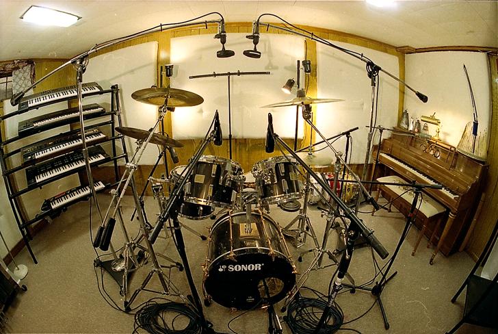 Basement_Drumset.png