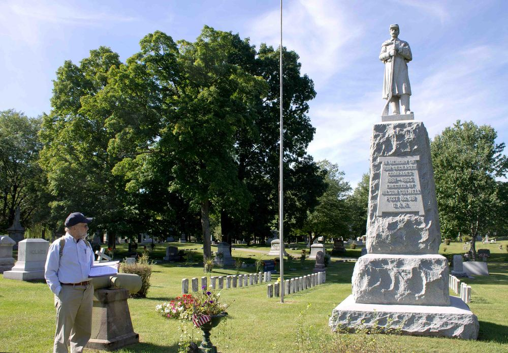 GAR monument.JPG