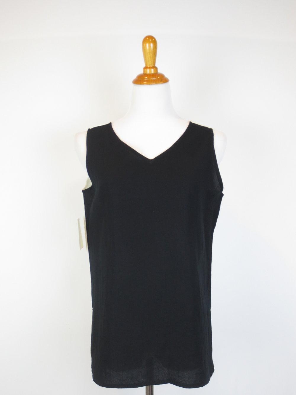 AATK08- Black-White (1).JPG