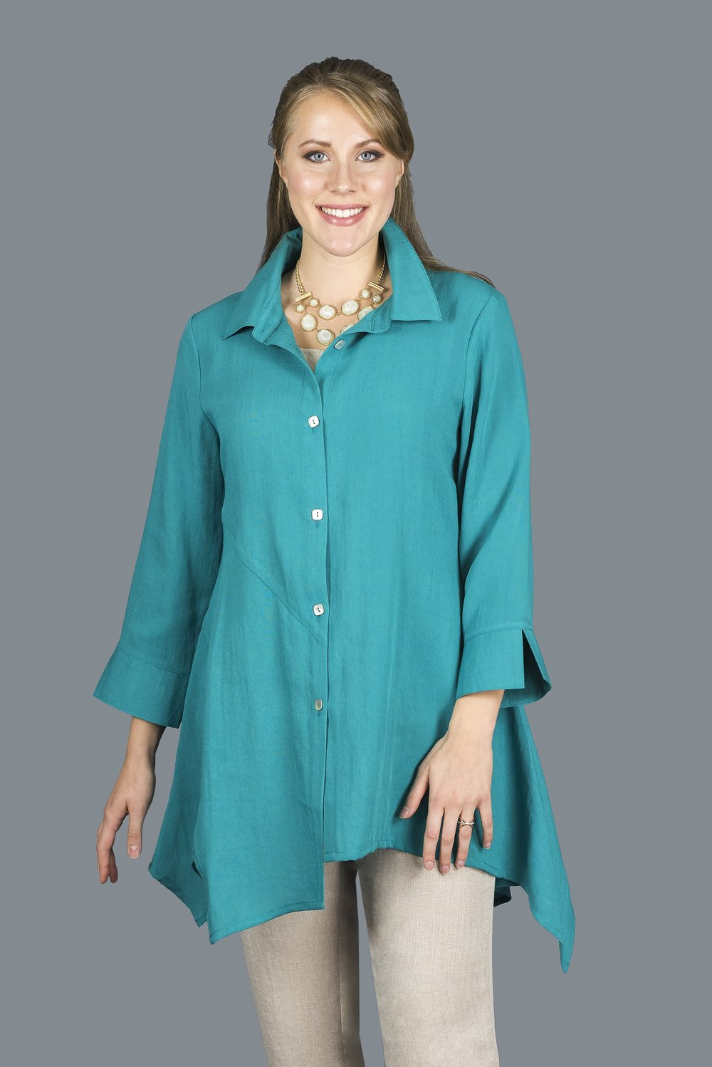 AA209 - Asymmetric Panels Tunic    CL5915 - Topaz