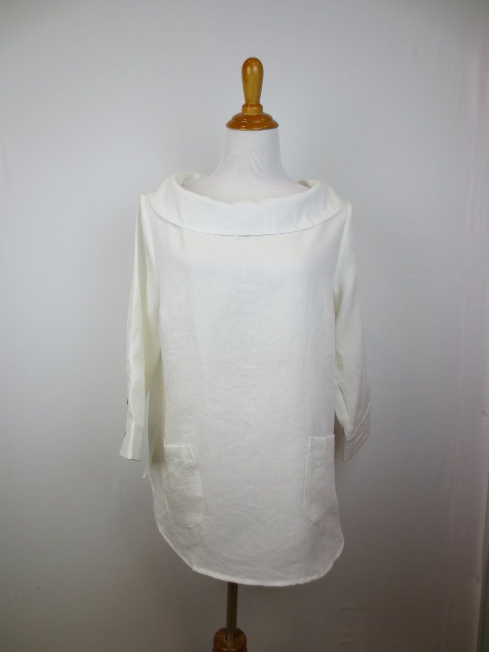 AA272 - White (1).JPG