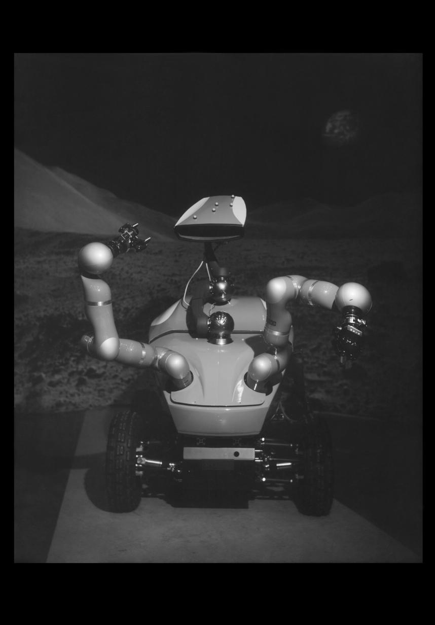 3_robot_portraits_wanda_tuerlinckx.jpg