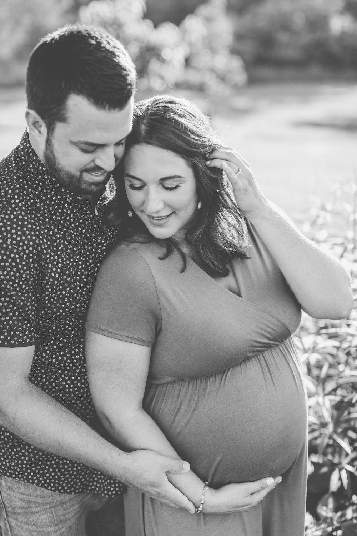 Leila + Sean  Maternity-0068.jpg